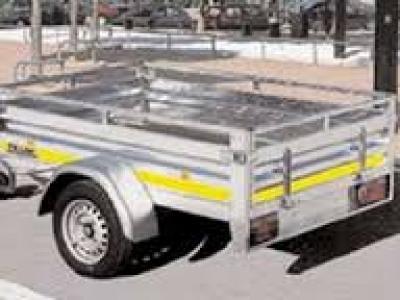 Remorque professionnelle simple essieu freinée RE1750